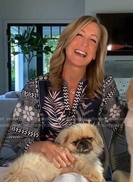 Lara's floral v-neck blouse on Good Morning America