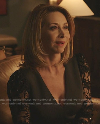 Laura's green lace-sleeve sheath dress on Dynasty