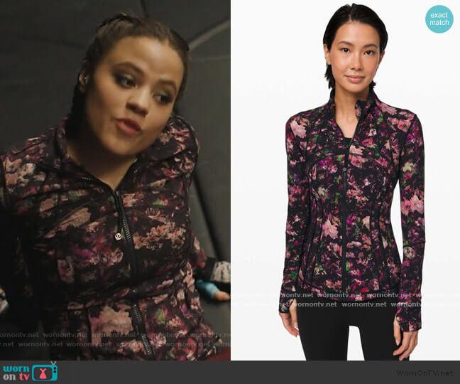 Define Jacket by Lululemon worn by Maggie Vera (Sarah Jeffery) on Charmed