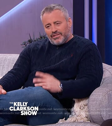 Matt LeBlanc's navy cable knit sweater on The Kelly Clarkson Show