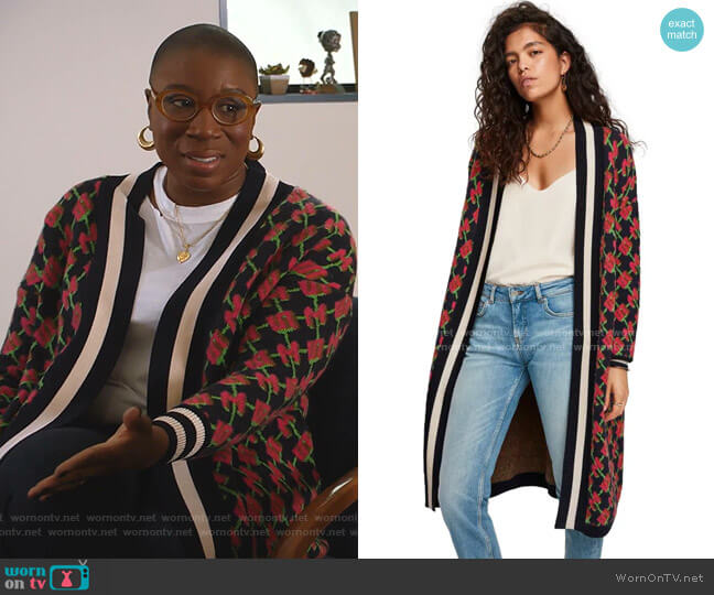 Long Cardigan Allover Logo Print Combo N by Scotch & Soda worn by Henrietta Wilson (Aisha Hinds) on 9-1-1