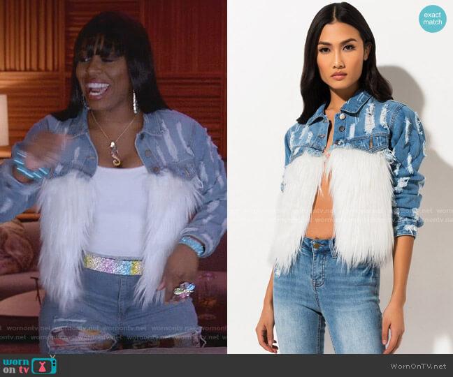 Just Falling Furrly Denim Jacket by Akira Label worn by Porsha Taylor (Ta'Rhonda Jones) on Empire