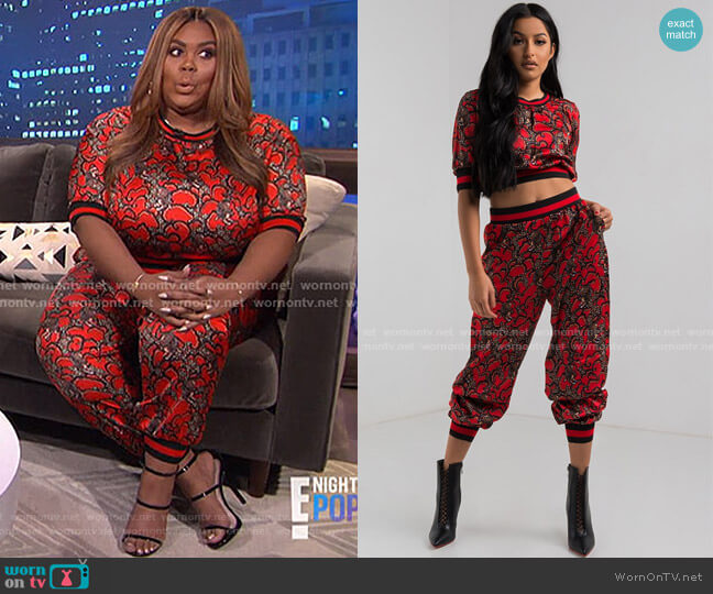 Look Back Print Top and Pant by Akira Label worn by Nina Parker  on E! News