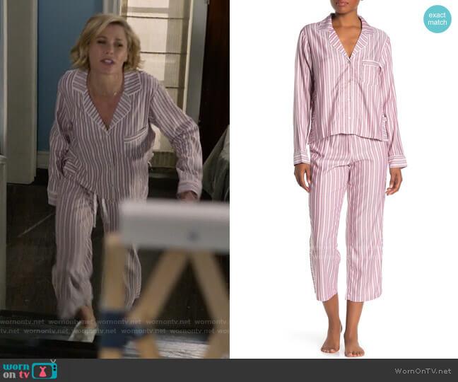 Ugg Katherine Striped Pajama Set worn by Claire Dunphy (Julie Bowen) on Modern Family