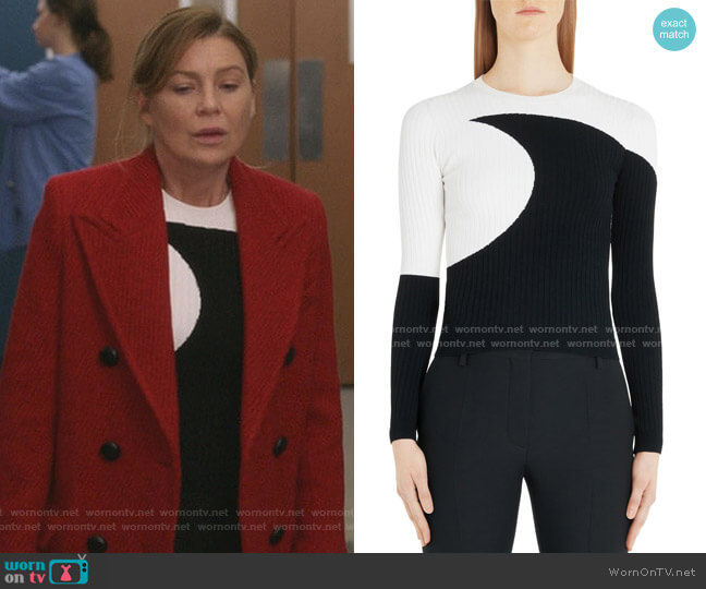 Moon Inlay Ribbed Sweater by Valentino worn by Meredith Grey (Ellen Pompeo) on Greys Anatomy