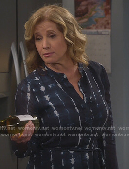 Vanessa's blue tie dye shirtdress on Last Man Standing