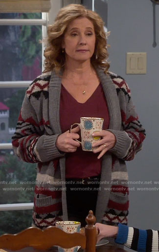 Vanessa's grey printed cardigan on Last Man Standing