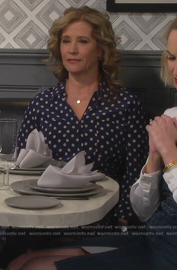 Vanessa's blue dotted shirtdress on Last Man Standing