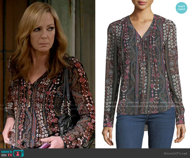 Veronica Beard Henley V-Neck Pintuck Printed Chiffon Blouse worn by Bonnie Plunkett (Allison Janney) on Mom