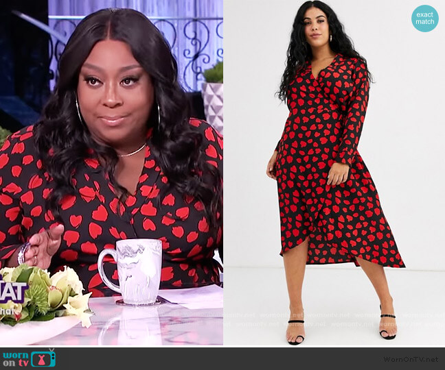 Wednesday's Girl Curve midaxi wrap dress in heart print by ASOS worn by Loni Love  on The Real