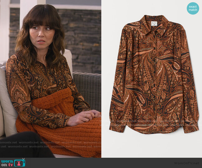 Patterned Blouse by H&M worn by Judy Hale (Linda Cardellini) on Dead to Me
