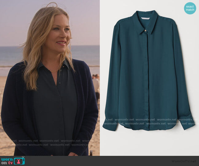 Long Sleeve Blouse by H&M worn by Jen Harding (Christina Applegate) on Dead to Me