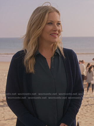Jen's teal button down blouse on Dead to Me