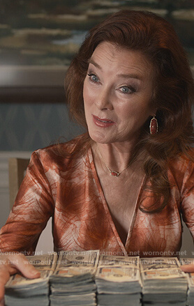 Lorna's print wrap dress and necklace on Dead to Me