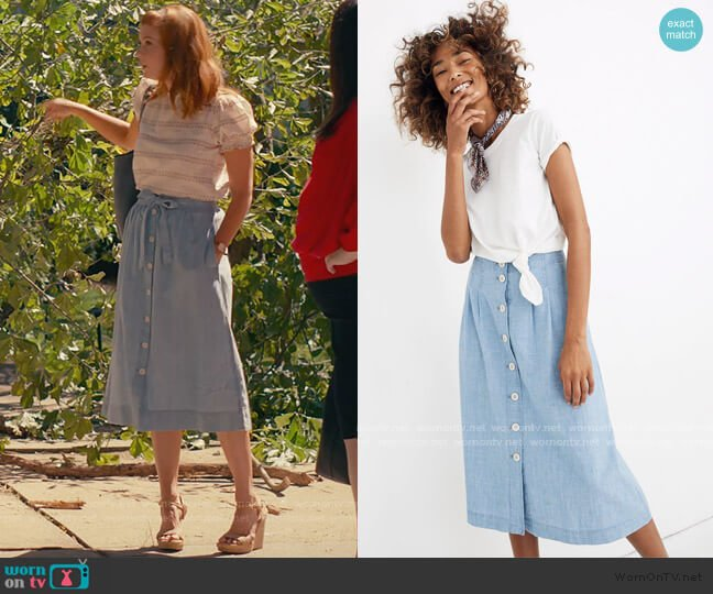 Chambray Patio Button-Front Midi Skirt by Madewell worn by Maddie Townsend (JoAnna Garcia Swisher) on Sweet Magnolias