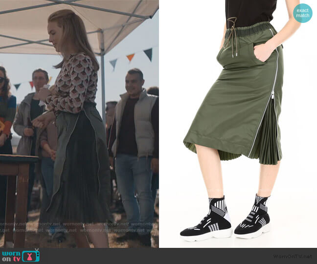 Drawstring Midi Skirt by Sacai worn by Villanelle (Jodie Comer) on Killing Eve
