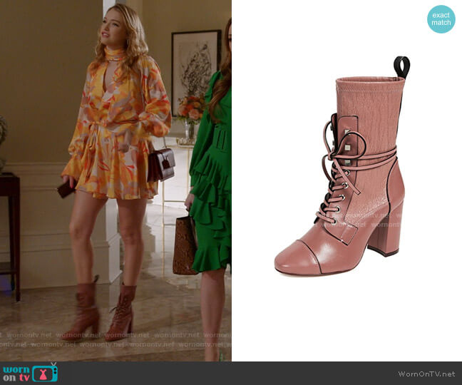 Veruka Boots by Stuart Weitzman worn by Kirby Anders (Maddison Brown) on Dynasty