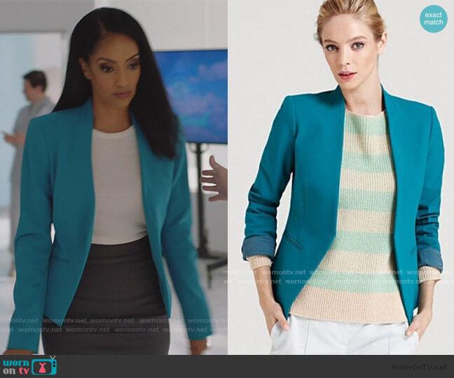 Lanai Blazer by Theory worn by Kelly Olsen (Azie Tesfai) on Supergirl
