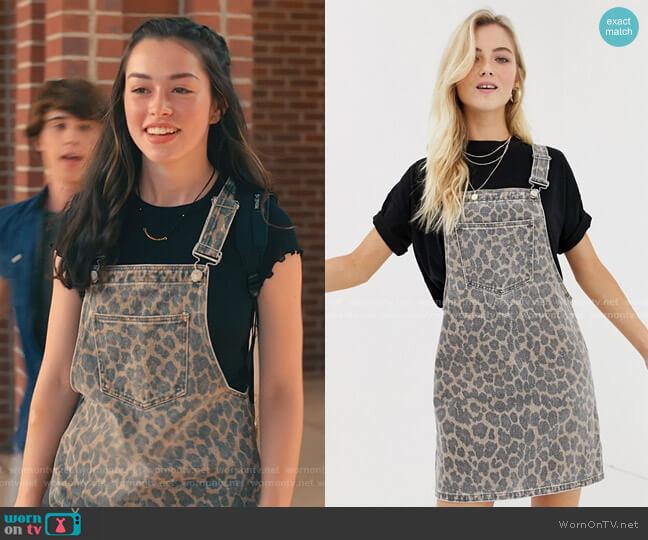 Leopard Denim Overall Dress by Only worn by Annie Sullivan (Anneliese Judge) on Sweet Magnolias