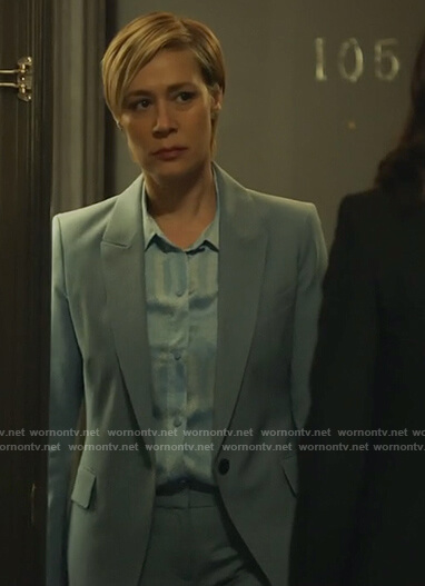 Bonnie's blue printed blouse and blazer on How to Get Away with Murder