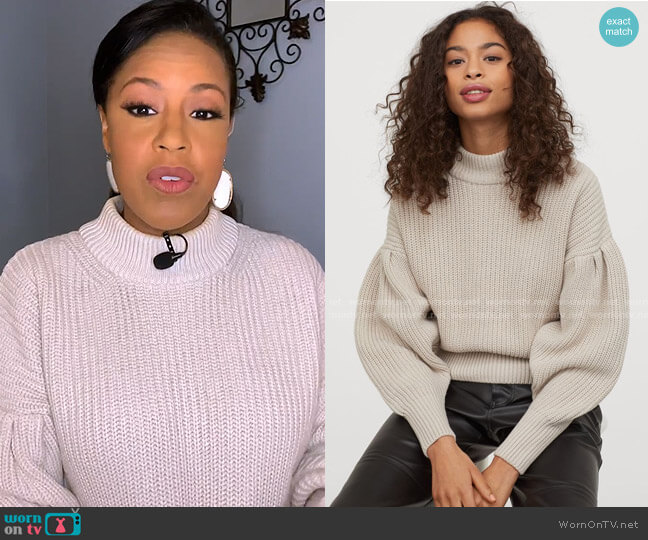 Balloon-Sleeved Sweater by H&M worn by Sheinelle Jones  on Today