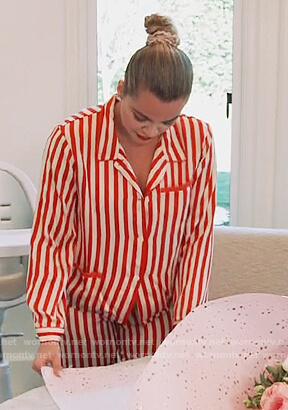 Khloe's striped pajamas on Keeping Up with the Kardashians