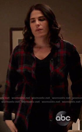 Laurel's black plaid shirt on How to Get Away with Murder