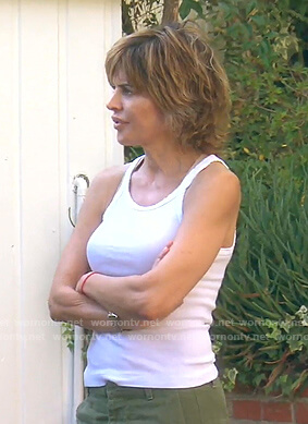 Lisa's white ribbed tank top on The Real Housewives of Beverly Hills