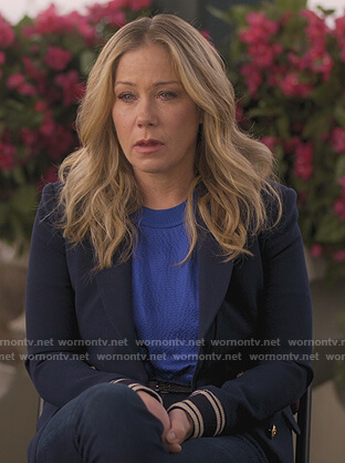 Jen's blue double breasted blazer on Dead to Me