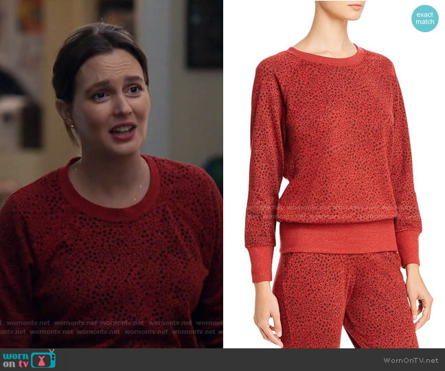 Star Print Sweatshirt by Sundry worn by Angie (Leighton Meester) on Single Parents