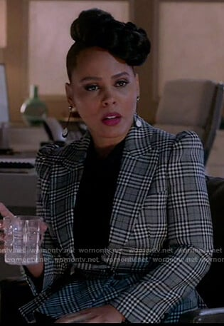 Tegan's gray plaid peplum jacket on How to Get Away with Murder