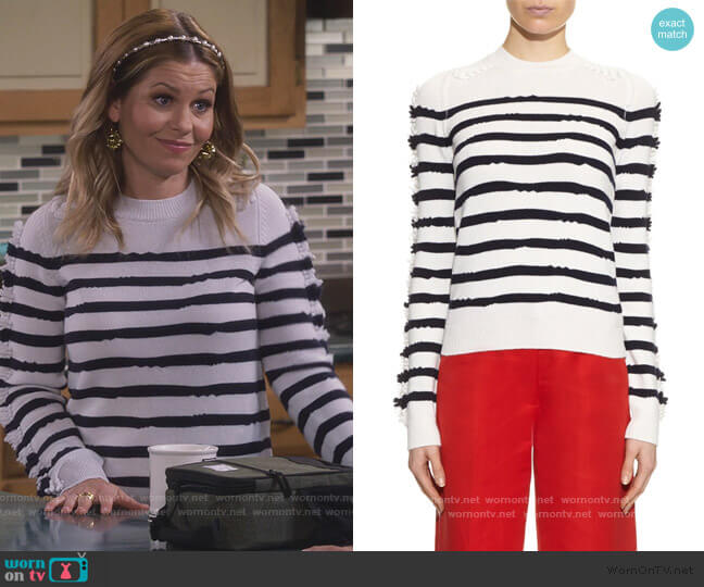 Fancy Coast cashmere sweater by Barrie worn by DJ Tanner-Fuller (Candace Cameron Bure) on Fuller House