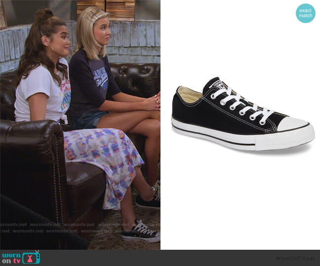 Chuck Taylor All Star Sneakers by Converse worn by Alexa Mendoza (Paris Berelc) on Alexa & Katie