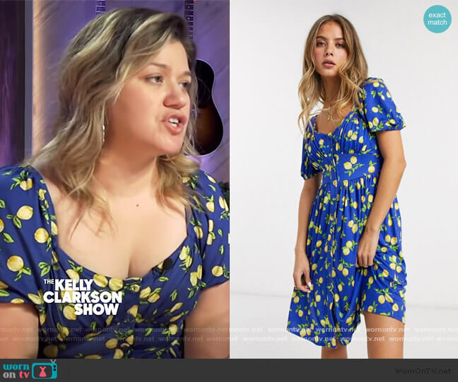 Lemon Print Skater Dress by French Connection worn by Kelly Clarkson  on The Kelly Clarkson Show