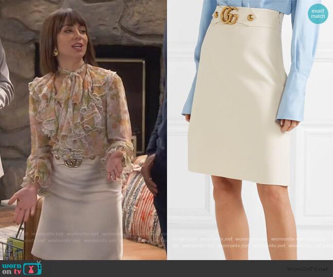 Embellished wool and silk-blend skirt by Gucci worn by Elizabeth (Natasha Leggero) on Broke