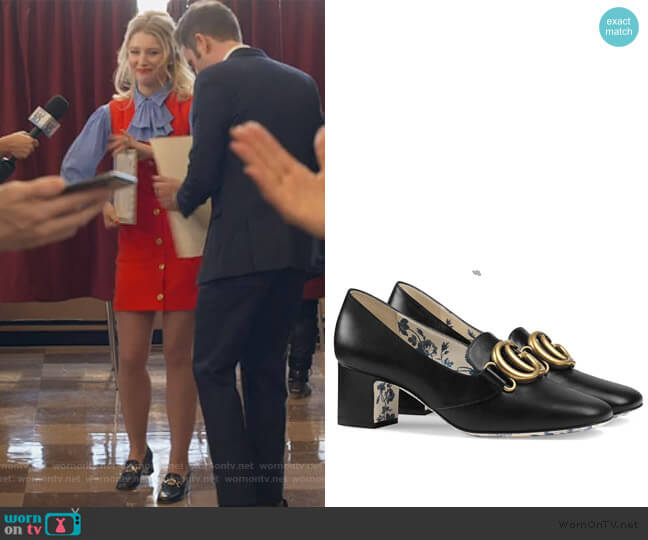 Victoire 55mm Double G Pumps by Gucci worn by Alice (Julia Schlaepfer) on The Politician