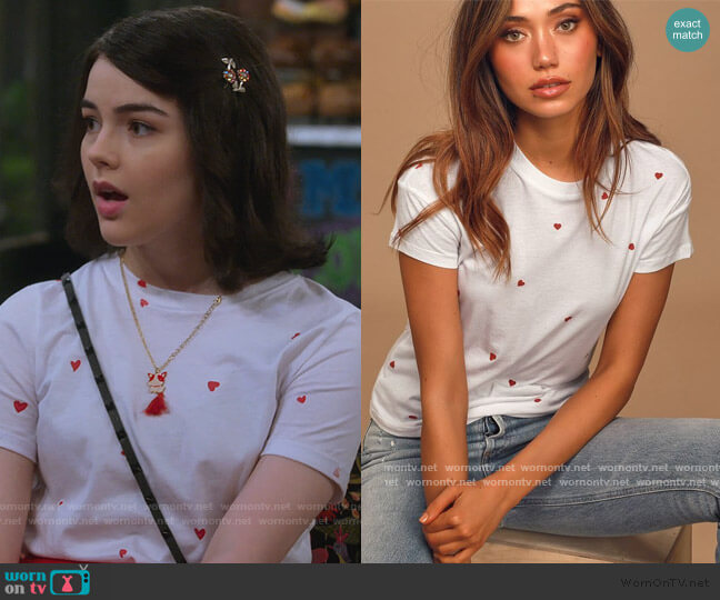 Hearts Modern White and Red Heart Print Tee by Z Supply worn by Hannah (Merit Leighton) on Alexa & Katie