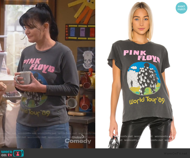 Pink Floyd World Tour '89 Tee by Madeworn worn by Jackie (Pauley Perrette) on Broke