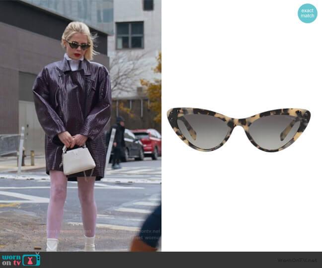 Cat Eye Sunglasses by Miu Miu worn by Astrid (Lucy Boynton) on The Politician