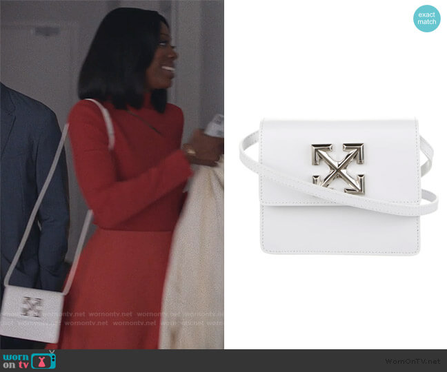 2020 Jitney 0.7 Crossbody Bag by Off-White worn by Molly Carter (Yvonne Orji) on Insecure