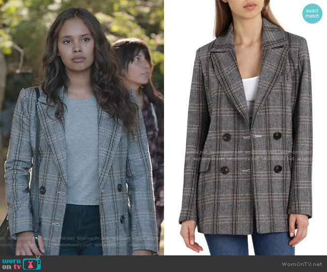 Plaid Double Breasted Blazer by Avec Les Filles worn by Jessica Davis (Alisha Boe) on 13 Reasons Why