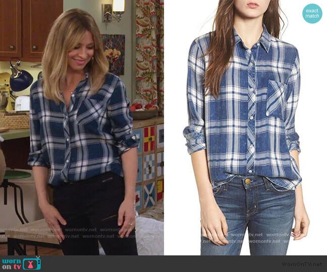 Hunter Plaid Shirt by Rails worn by Jennifer Cooper (Jolie Jenkins) on Alexa & Katie