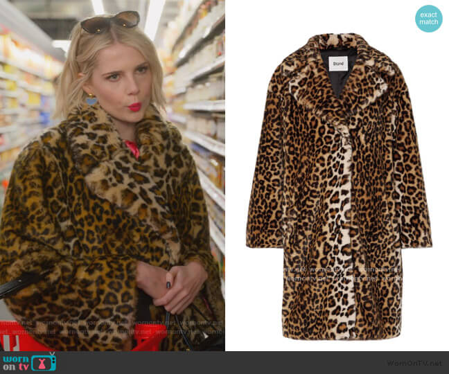 Camille leopard-print faux fur Coat by Stand Studio worn by Astrid (Lucy Boynton) on The Politician