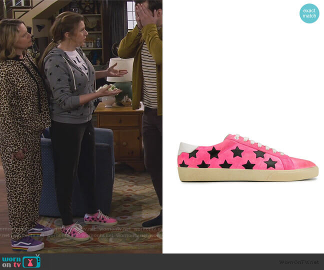 textured embroidered star sneakers by Saint Laurent worn by Stephanie Tanner (Jodie Sweetin) on Fuller House