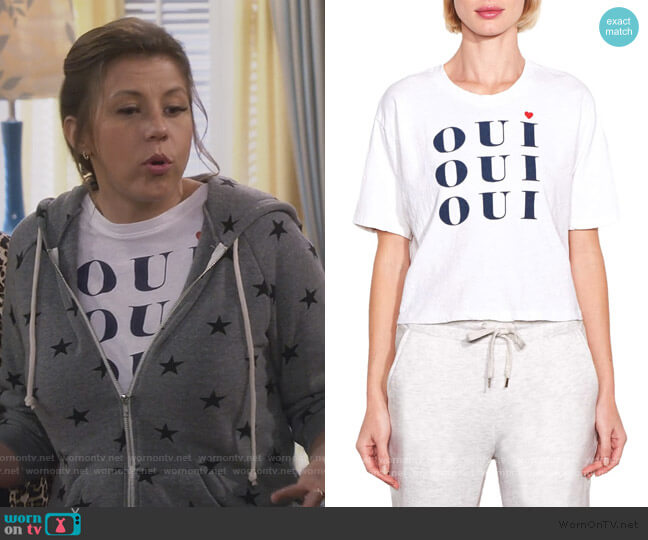 Oui Oui Oui Boxy Tee by Sundry worn by Stephanie Tanner (Jodie Sweetin) on Fuller House