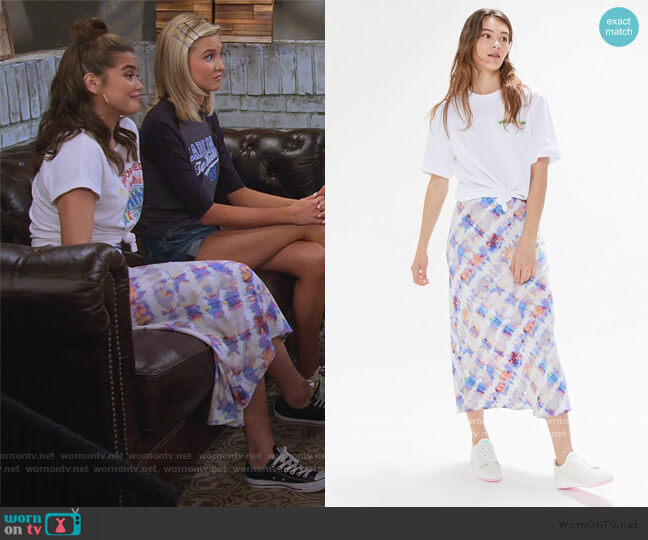 Bowie Bias Cut Skirt by Urban Outfitters worn by Alexa Mendoza (Paris Berelc) on Alexa & Katie