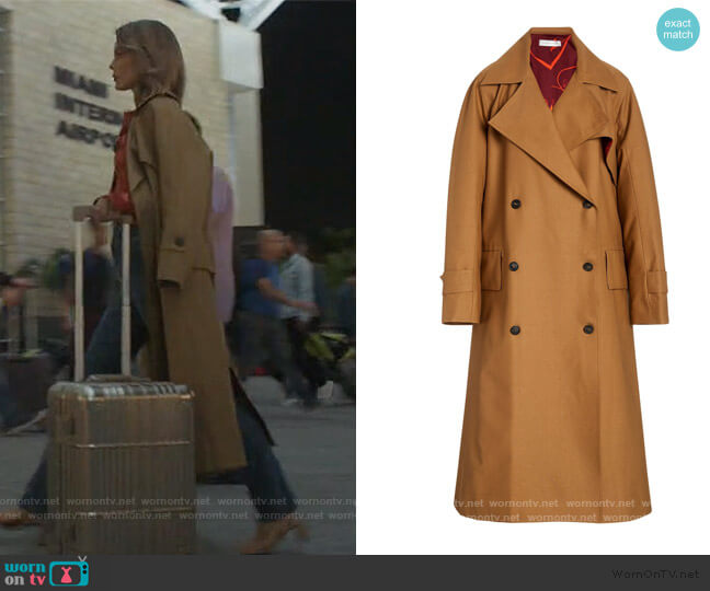 Cotton-blend canvas trench coat by Victoria Beckham worn by Noa Hamilton (Nathalie Kelley) on The Baker & the Beauty