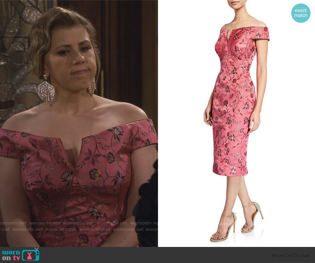 Off The Shoulder Jacquard Dress by Zac Posen worn by Stephanie Tanner (Jodie Sweetin) on Fuller House