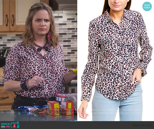 Tali Print Blouse by Zadig and Voltaire worn by Kimmy Gibbler (Andrea Barber) on Fuller House
