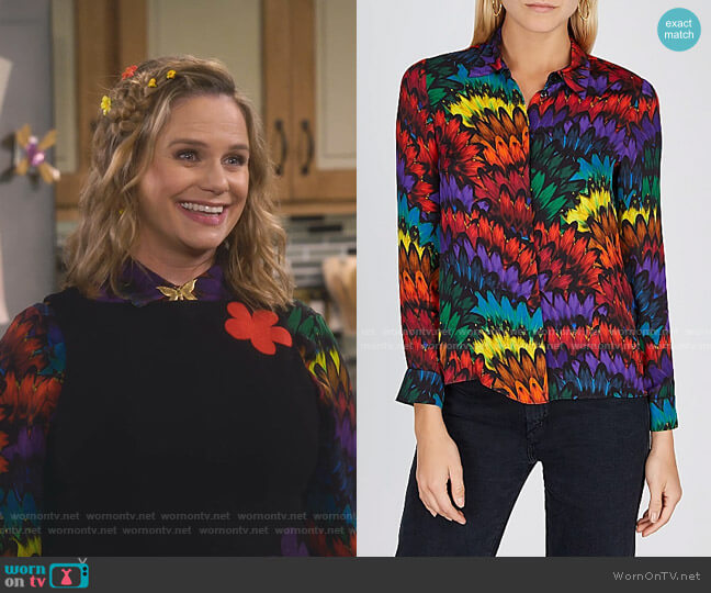 Willa Printed Silk Blouse by Alice + Olivia worn by Kimmy Gibbler (Andrea Barber) on Fuller House